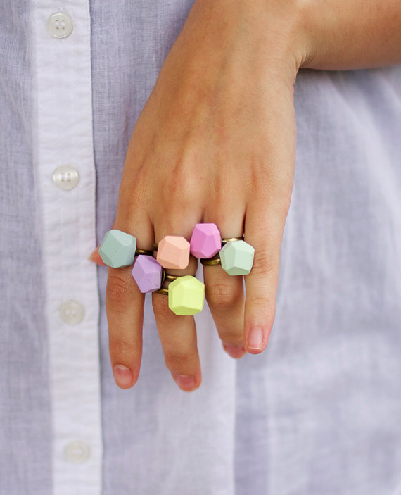 pale fuchsia geo ring