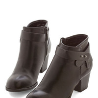 Week In, Sleek Out Bootie | Mod Retro Vintage Boots | ModCloth.com