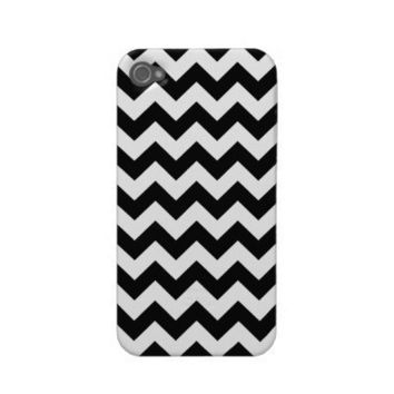 Black Chevron Pattern iPhone 4/4S Case