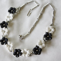 Vintage  Black White Necklace Plastic Flower 1950s Jewelry Bridal Wedding Jewelry