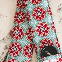 DSLR Camera Strap Cover with Lens Cap Pocket, Turquoise and Red