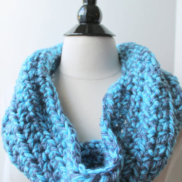 Blue crochet infinit scarf.  Neck warmer.  Winter accessories. Women's fashion