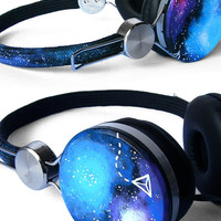 Galaxy handpainted headphones by ketchupize