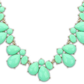 Bailey Necklace - Mint | ZOE Boutique