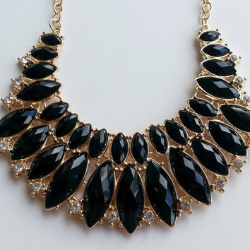 Magic Gems Necklace - Black | ZOE Boutique