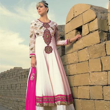 Stylish Designer Anarkali Salwar Suit