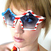 80's Oversized Star Sunglasses by bumbleebuck on Etsy