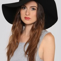 Wander Floppy Hat