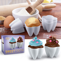 SWEET TOOTH CUPCAKE MOLDS