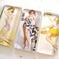 Pin Up Girl Magnet Set 4 by ivcreations55 on Etsy