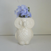Ceramic Owl Vase Vintage Design in White by fruitflypie on Etsy