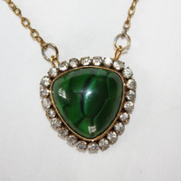 Victorian Emerald Green Pendant Necklace  1940s Vintage Jewelry