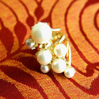 The Abundance of Pearls | Trinkettes