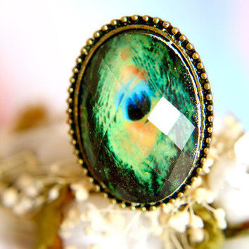 The Peacock Gem Ring | Trinkettes