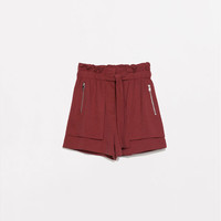 ZIPPED SHORTS WITH BELT