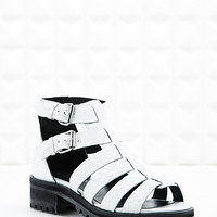 Out From Under Bailey Gladiator Sandals in White - Urban Outfitters