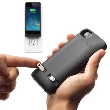 PocketPlug iPhone 5/5s Case