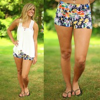 A Bouquet A Day Patterned Shorts