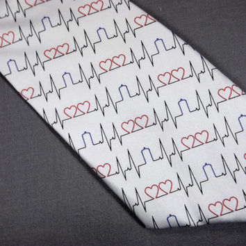 Two hearts ekg tie, Doctor who tie, tardis tie, Doctor who accessory, doctor who heartbeat, tardis men acceossory