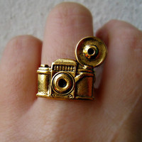 vintage camera ring by alapopjewelry