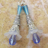 Lucite flower blue earrings » Craftori
