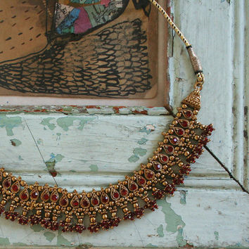 vintage indian necklace / gold tone / ruby red rhinestones / beads / tassle / one size