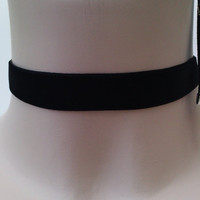 Classic Plain BLACK Velvet 16mm Ribbon Choker Necklace - ho... or choose a different colour from 28 options and have it custom made your way