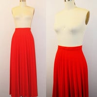 Red maxi skirt- Pleated long skirt- High waisted skirt- Accordion pleats- Fall skirt- Winter skirt- 1970s- Small/ Medium