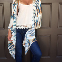 Shockwave Tribal Print Kimono - CREAM