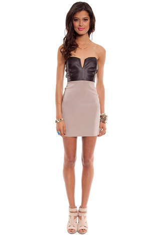 Domino Body Con Dress in Black and Khaki :: tobi