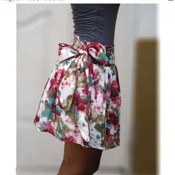 ON SALE Blueberry splash abstract floral mini skirt