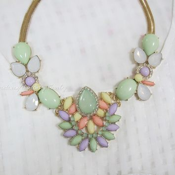 Colored gemstone fashion flowers Necklace