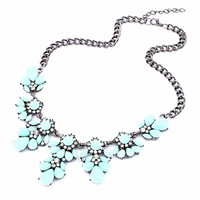 Fashion Silver Chain Spring Leaf Shaped Resin Cluster Bubble Statement Necklace Bib Necklace