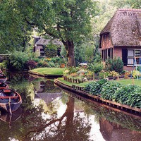 Giethoorn, wie? na wodzie; wiejska Wenecja | Flickr - Photo Sharing!