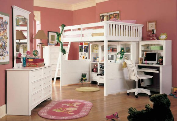 Full Size Loft Bed with Desk 580 x 397