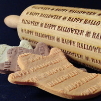 Embossing Rolling Pin - Happy Halloween.