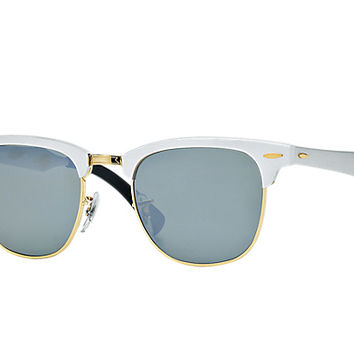 Look whox27s looking at this new Ray-Ban Clubmaster Aluminum