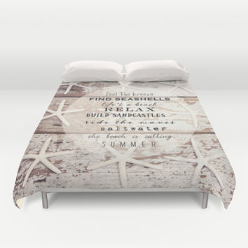 starfish on wood Duvet Cover by Sylvia Cook Photography