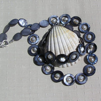 "Necklace & Bracelet Set - Freshwater Pearl and Mother of Pearl - ""Orbit"""