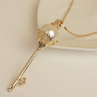 Royal Pearl Fashion Key Necklace