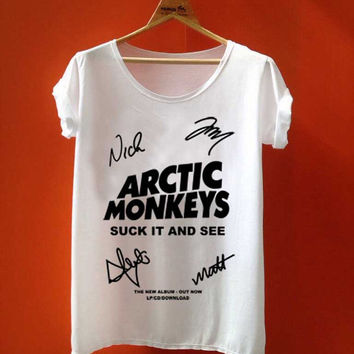 arctic Monkey Cover Album signature  best seller customized for T Shirt Mens and T Shirt Girls