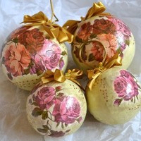 Red And Purple Flowers Christmas Baubles
