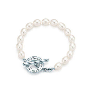Tiffany & Co. - Freshwater Pearl<br>Toggle Bracelet