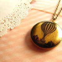 Hot Air Balloon Locket Necklace, Bl.. on Luulla