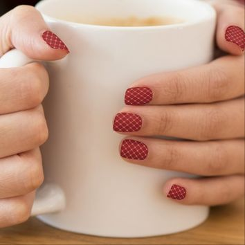 Tudor Red and Gold Criss-Cross Pattern Nail Art
