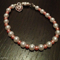 Pink &#x27;n&#x27; White beaded Bracelet with cute heart charm -