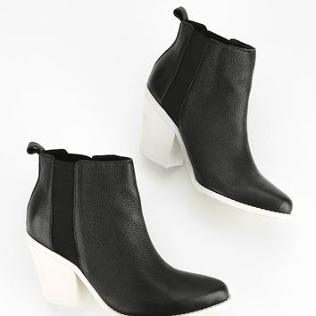 Sol Sana Toni Two-Tone Ankle Boot - Urban Outfitters