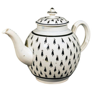 Large English Pearlware Pottery Teapot with Ermine Decoration