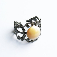 Mother-of-Pearl Ring  - Gunmetal Vintage-Style Filigree Ring with Natural Color Mother-of-Pearl Cabochon