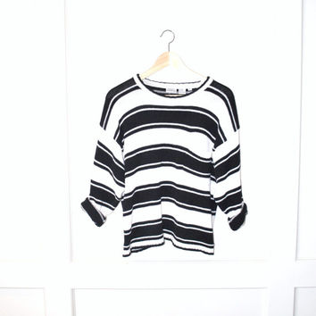 90s grunge striped sweater / minimalist GRUNGE black and white preppy pull over knit wear jumper small